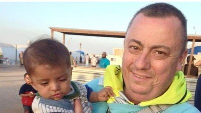 New video reportedly shows Islamic State beheading British hostage
