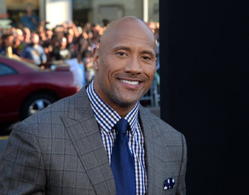 Dwayne Johnson to star in 'Baywatch' movie