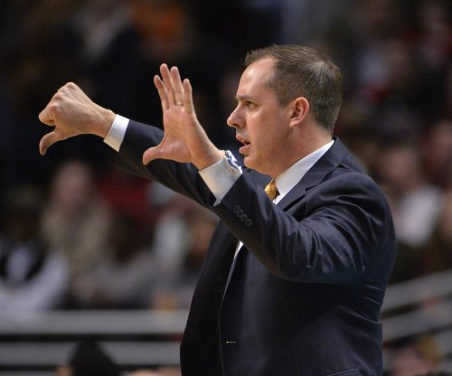 New York Knicks show interest in Frank Vogel
