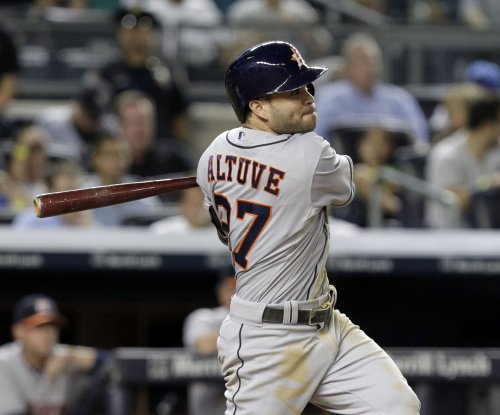Mike Fiers' strong outing, Jose Altuve's bat helps Houston Astros shut down Minnesota Twins