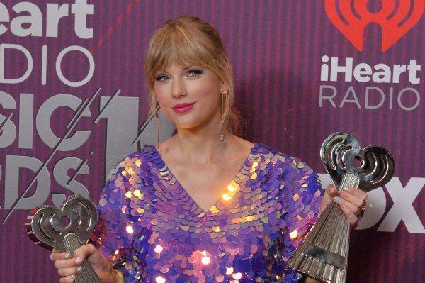 Ariana Grande, Taylor Swift win big at iHeartRadio Music