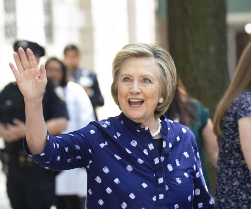 State Department finds violations in Clinton email probe, but no deliberate mishandling