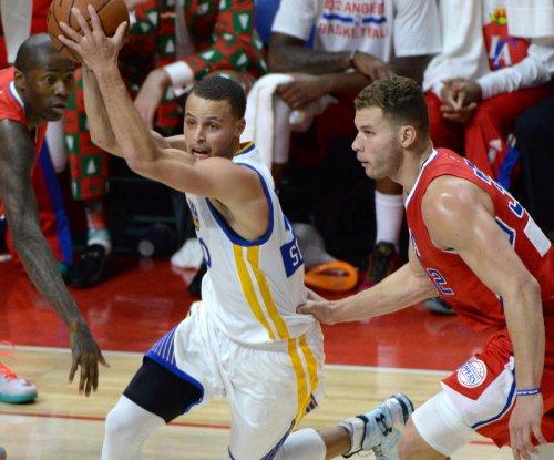 Golden State Warriors go for season sweep against Sacramento Kings