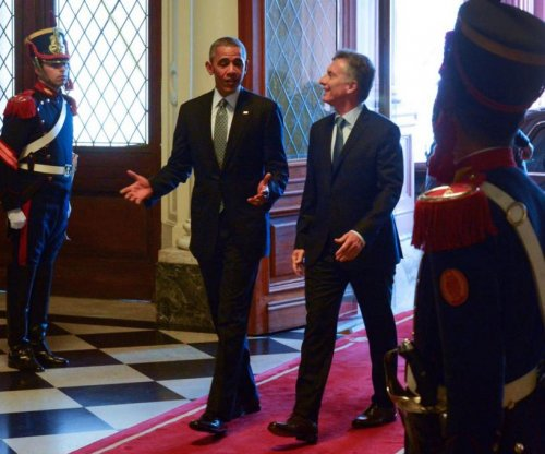 Obama, Argentinian President Macri consider free trade