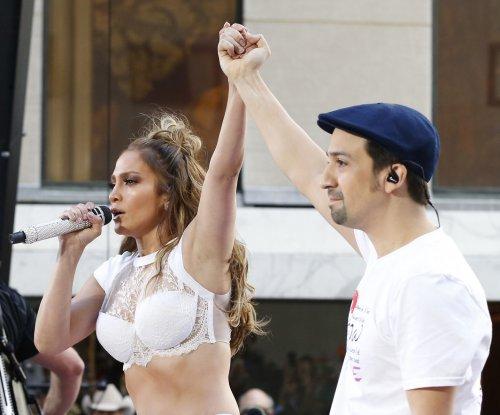 Jennifer Lopez, Lin-Manuel Miranda perform on 'Today'