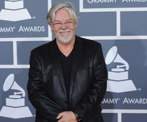 Bob Seger releases full catalog onto music streaming services