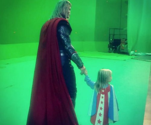 Chris Hemsworth shares 'Thor: Ragnarok' set photo with son