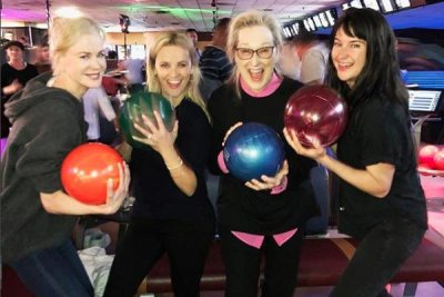 Reese Witherspoon goes bowling with 'Big Little Lies' co-stars