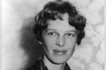 Moon crater named for aviator Amelia Earhart