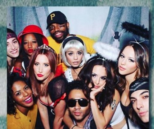 Ashley Tisdale, Vanessa Hudgens reunite for Halloween