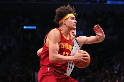 Ex-Cleveland Cavaliers C Anderson Varejao set to sign with Golden State Warriors