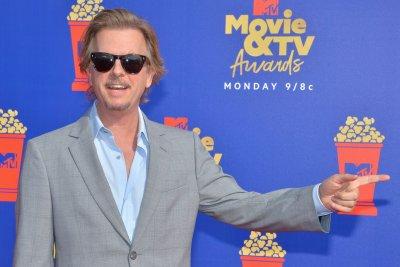 David Spade interviews 'Tiger King' star for 'Lights Out'