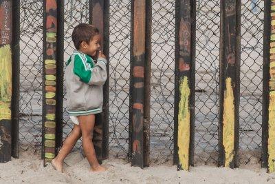 Judge says Trump admin can't use COVID-19 to send back migrant children