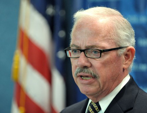 Libertarian candidate seeks new coalition