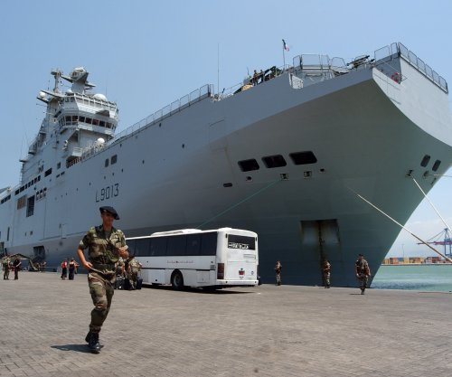 France halts delivery of first Mistral warship to Russia