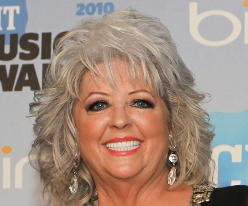 Paula Deen to launch cooking radio show and podcast