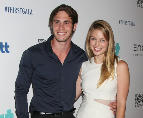 'Supergirl' star Melissa Benoist files for divorce