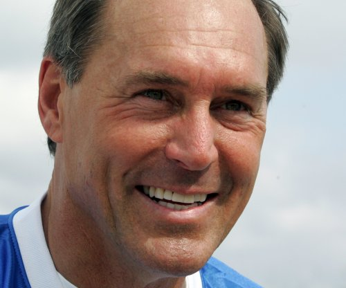 Ex-San Francisco 49ers WR Dwight Clark announces ALS diagnosis