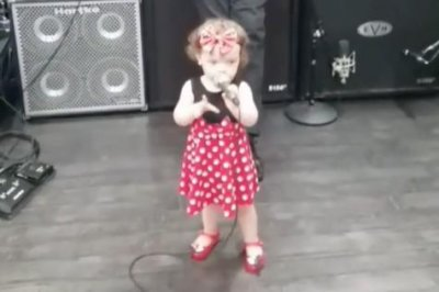 Coco Austin's daughter dances at Ice-T's band rehearsal