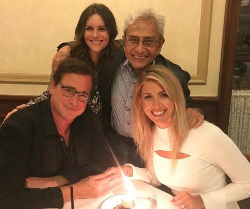 'Fuller House' star Bob Saget engaged to Kelly Rizzo