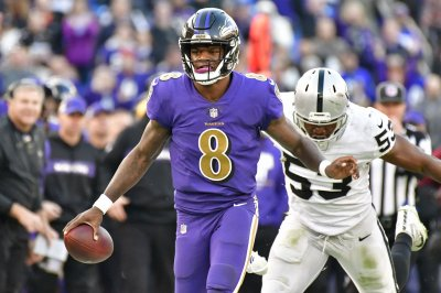 Ravens pick Jackson over Flacco to start vs. Bucs