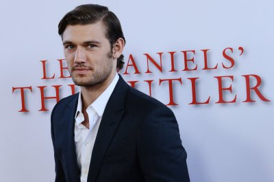 'Magic Mike' star Alex Pettyfer engaged to Toni Garrn