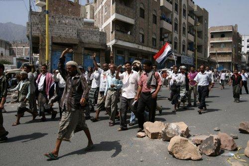 Yemen's Saleh has surgery for burns