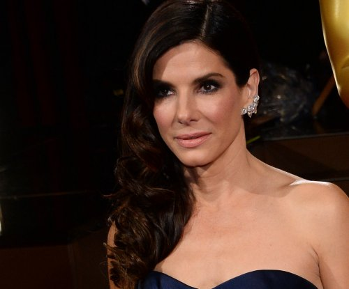Man accused of stalking Sandra Bullock pleads not guilty