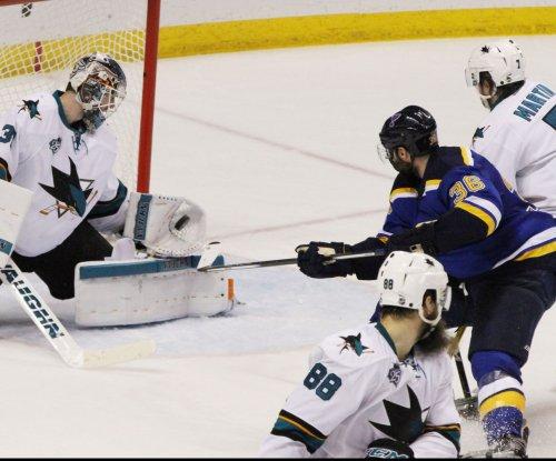 Troy Brouwer, Kyle Brodziak help St. Louis Blues even series