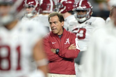 Alabama vs. Arkansas: Prediction, preview, pick to win - SEC football