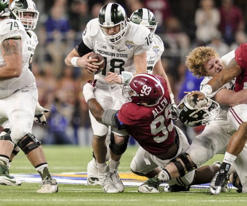 Jonathan Allen wins first Nagurski Trophy in Alabama history