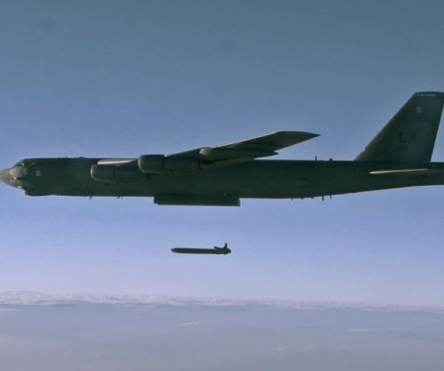 B-52 bomber drops unarmed nuclear cruise missiles in demo
