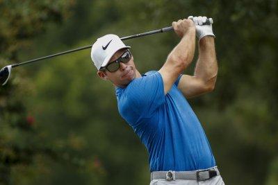 PGA Tour Championship: Paul Casey seizes 2-shot lead