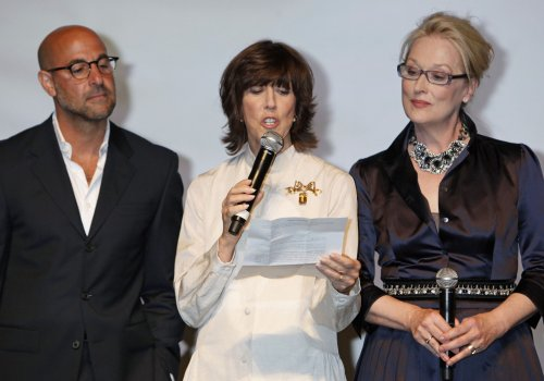Short, Hanks, Streep honor Ephron at memorial