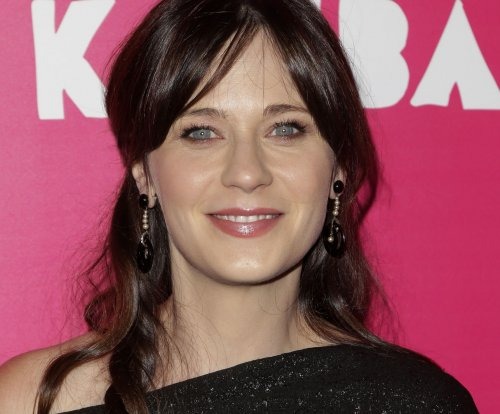 Time Inc. acquires Zooey Deschanel's HelloGiggles site