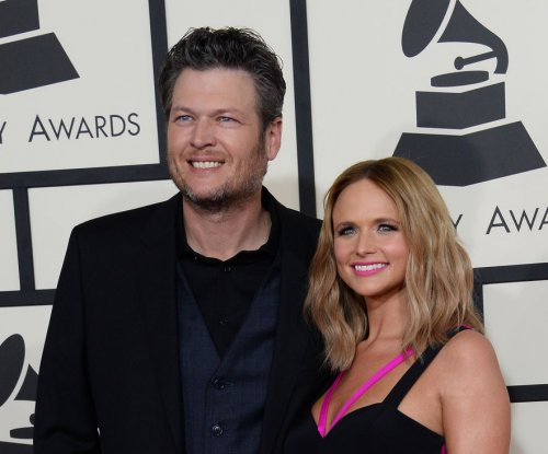 Miranda Lambert, Blake Shelton to perform at CMA Awards