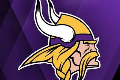Minnesota Vikings: Sam Bradford clearly in charge of offense