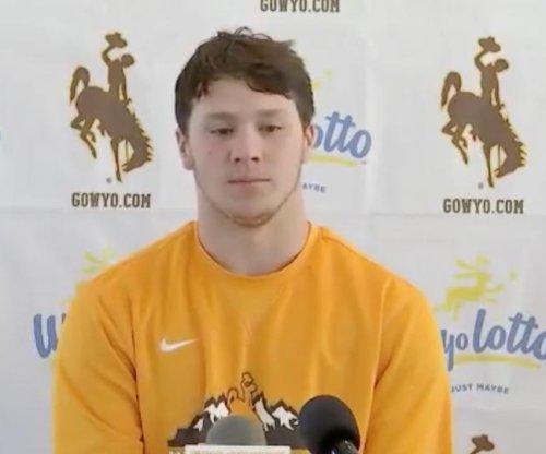 Potato Bowl: Josh Allen fuels Wyoming to win vs. Central Michigan