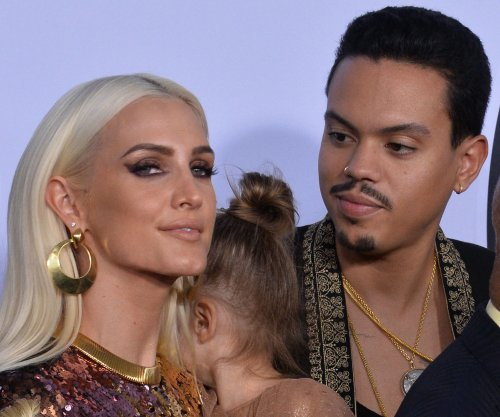 Ashlee Simpson, Evan Ross having 'fun' with new reality show