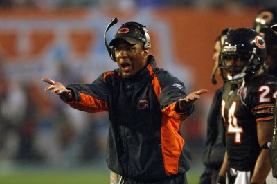 Pittsburgh Steelers WRs coach Darryl Drake dies at 62