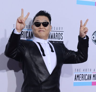 PSY apologizes for 2004 anti-American military song