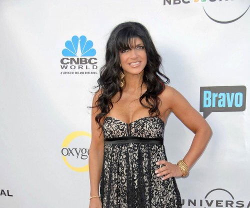 Teresa Giudice staying involved with daughters from behind bars
