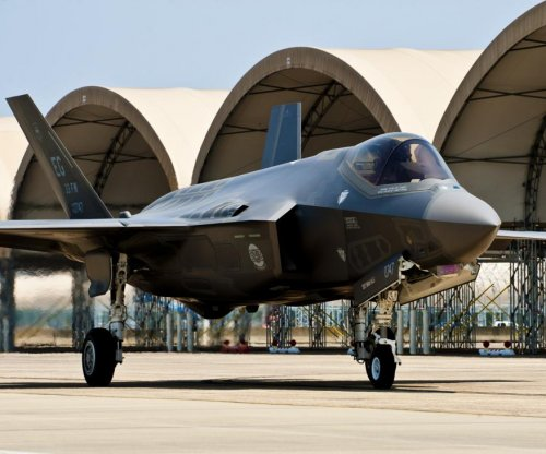 F-35 deficiencies raise Pentagon concerns
