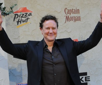 Actor Judge Reinhold arrested after refusing TSA patdown in Dallas airport