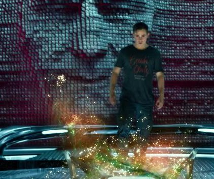 'Power Rangers' introduces Zordon in new trailer