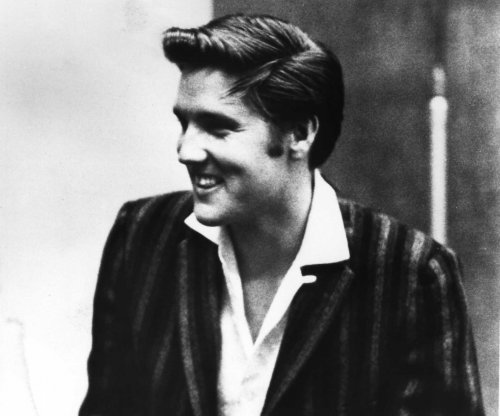 On This Day: Elvis Presley dies