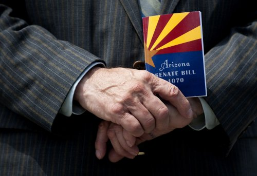 High court hears Arizona immigration case