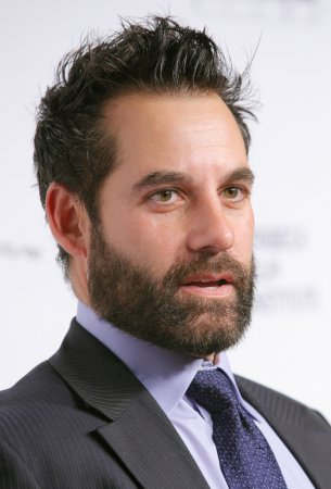 Pasdar joins 'Political Animals' cast