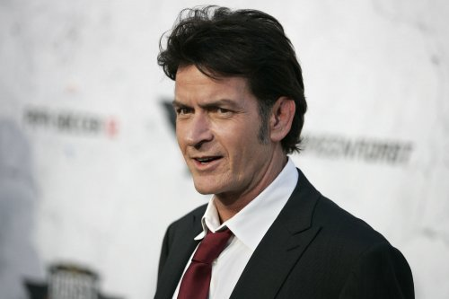 Charlie Sheen allegedly pulled knife on dentist
