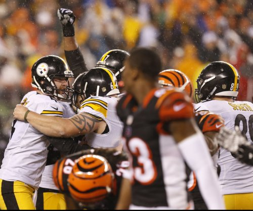 Pittsburgh Steelers advance as Cincinnati Bengals self-destruct